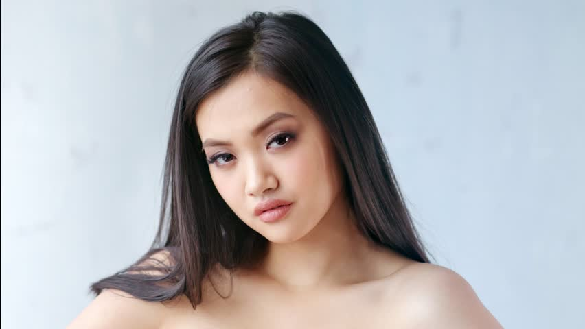 Nude chinese girls on video