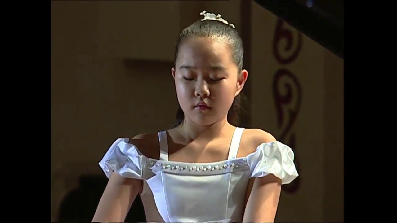 boy young Asian pianist