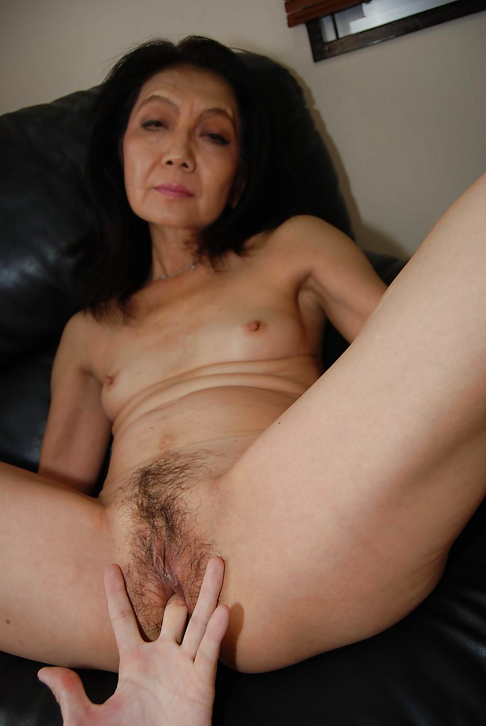 blowjobs mature Chinese