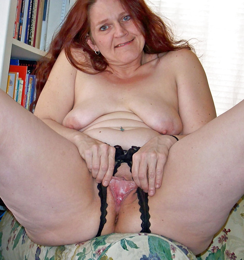 pictures Mature in panties
