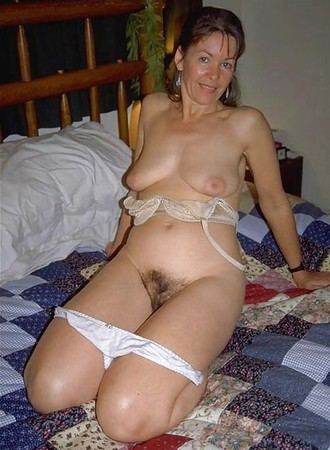 Mature in panties pictures