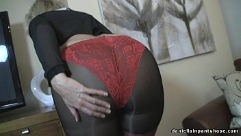 Yolande recommends Housewife asian POV cumming